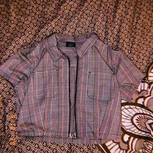 Cropped,shortsleeved shirt